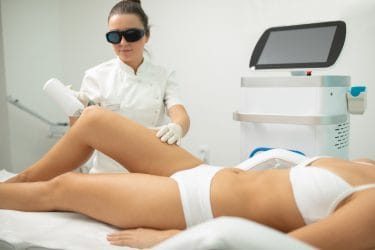 Onder andere laserbehandelingen in beauty salon zorgt soms voor ethische dilemma's
