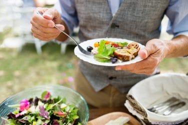 Buiten eten in de zomer volgens de Chinese voedingsleer