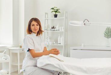 Kies je voor de opleiding schoonheidsspecialiste(e) of skin expert van Wellness Academie